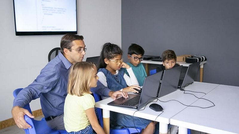 Cursos homologados para docentes que quieran aprender más sobre las TIC o la competencia digital