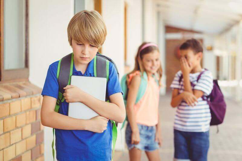 Una situación de acoso entre menores