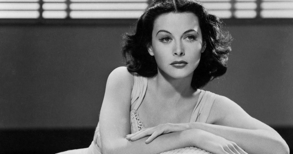 Hedy Lamarr, ausencia de mujeres referentes en los libros